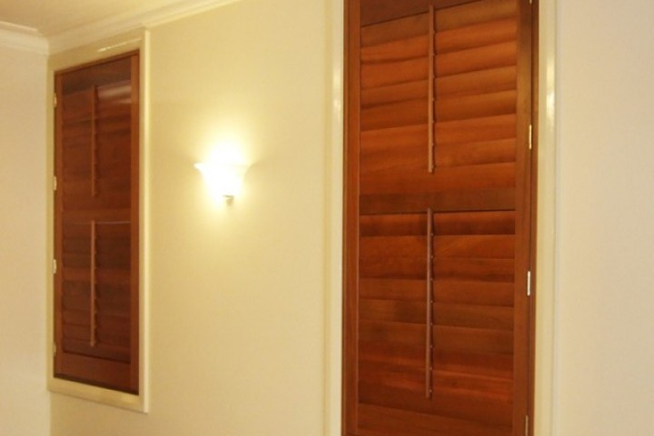 Uniblinds and Security Doors Louvre Shutters 720 480